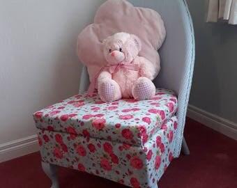 Sirrom childs chair