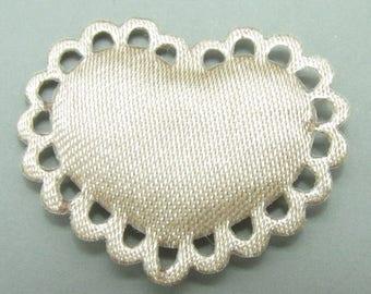 1 x applique heart beige
