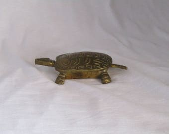 Vintage brass turtle trinket box, brass turtle, brass turtle box, brass turtle trinket box, antique brass turtle, antique brass decor