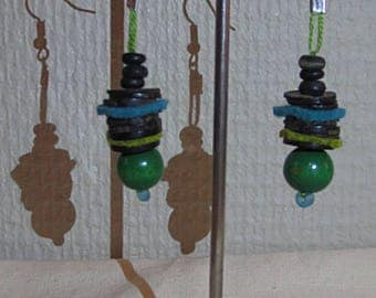 Earrings green 3 wood round beads