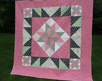 Handmade Queen Star Quilt, Pink and Green Cottage Chic Quilt, Spring Summer Floral Bed Quilt Blanket, Custom Quilt, Large Feminine Quilt