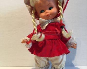 Vintage Uneeda  Lil Agatha Doll