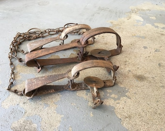 Vintage lot of Three (3) Victor Long Spring Traps