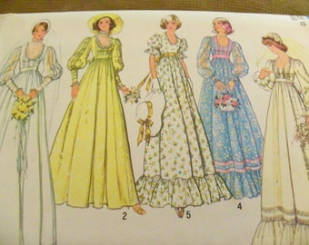 Vintage Sewing Pattern - Simplicity 7389 - Misses' Bridal And Bridesmaid Dress - Size 10 - Wedding