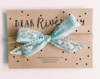 Hand dyed vintage lace bow [ pale blue ]