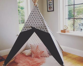 Scandi Teepee. Black and White Tepee tent handmade in Ireland and shipped Worldwide. All Poles included! Nordic style nursery or sensory Toy