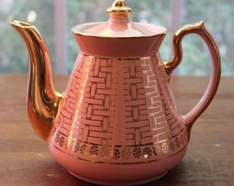 Vintage HALL Teapot Light Pink Gold Decoration 6 Cup Made in USA #073