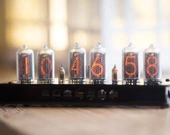IN-8-2 Nixie Tube Clock Black Enclosure with sockets (NixieShopCom)