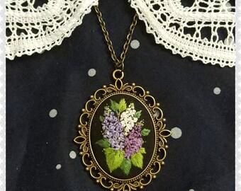 LN2 Lilac necklace