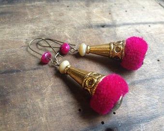 11 * dangle earrings - tassel-glass-spring - metal antique gold