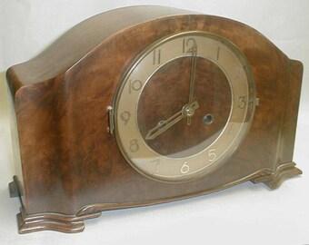 Vintage Art Deco Key Wind Mantle Clock With Key