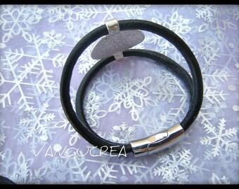 pretty black faux leather Bracelet