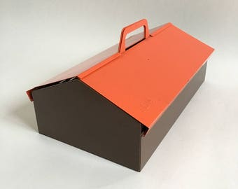 MEWA Wilhelm Kienzle Red Metal Tool Box, Shoe Cleaning Box, Desk Organiser, Storage Caddy, 1950s Mid Century Modern - Perfect Gift