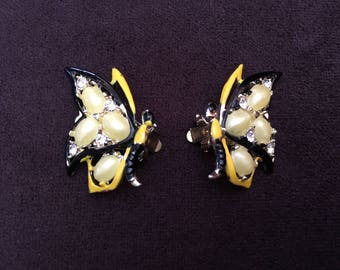 Vintage Black and Yellow Enamel, Thermoset and Rhinestone Earrings 1204
