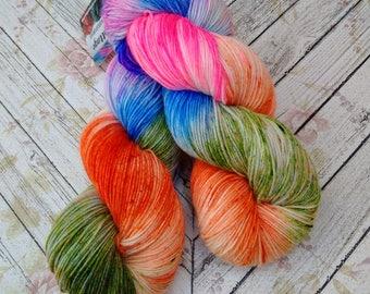 Squishy Sock Yarn, Hand Dyed Yarn, Merino 8 ply, Nylon SW, 420 yards, Speckled yarn