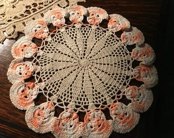 Vintage Crocheted Linen~Round Doily~Pansies~Light Taupe Center w/Apricot/Peach Pansy Blossoms~Hand-Made Crochet~Textile Art~Rare Color