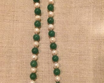 Chrysoprase and pearl necklace