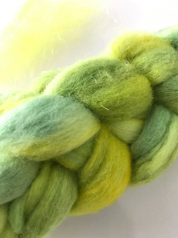 Sale! -20% Hand dyed lemon and lime fine Merino top with a small bag of lemon Angelina glitter for a little sparkle in your project.