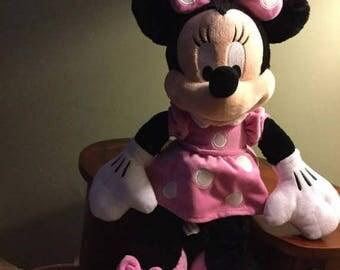 """O Canada Sale 19"""" Plush Minnie Mouse"""