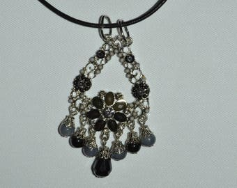 Necklace with lace black and silver beads