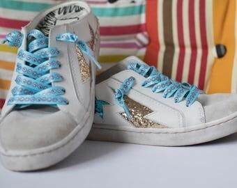 Smilies shoe laces