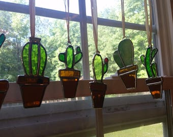 Stained glass cactus! New suncatcher style! Great gift for the plant or succulent lover!
