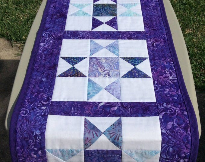 Featured listing image: Quilted Ohio Star Table Runner
