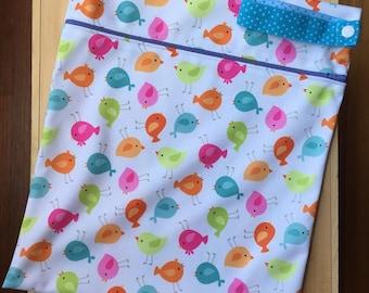 Wet Bag - PUL with zipper closure and elastic strap - Birds Print