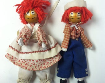 "Vintage Retro 1980's Handmade Raggedy Ann & Andy Wooden Clothespin Yarn Dolls Shelf Sitters 6.5"" Figures Country Rustic Shabby"