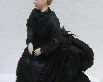 1/12th scale 'Servant in Black', miniatures