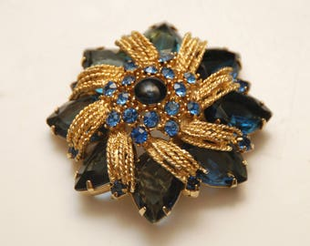 "Large Vintage Blue + Gold Faceted Crystal Rhinestone Brooch with Center Cabachon_2 1/4""_57.1mm"