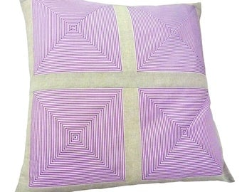 Decorative pillow cover in ecru and pink patchwork
