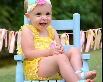 yellow lace romper,yellow baby romper,baby romper,yellow romper,birthday romper,photoprop romper,baby yellow romper, lace romper,romper sets