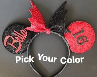 Harley Quinn Minnie Ears,Halloween Minnie Ears,Red and Black Mickey Ears,Harley Quinn Costume,super hero Minnie Ear,Harley Quinn theme