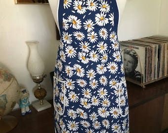 Vintage Daisy Apron with Pockets