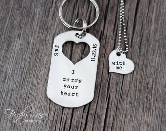 Hand stamped necklace keychain couple's set / personalized / I carry your heart with me / initials / anniversary date / heart / couple set