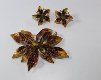 50s Flower brooch and earring set