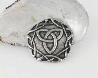 Big Celtic Knot Brooch - Eden Brooch
