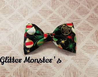 Boys Christmas Bow Tie in Cotton,  Ornament Bow Tie, Christmas Bow Tie, Clip on Bow Tie, Christmas Ring-bearer Tie, Christmas Wedding