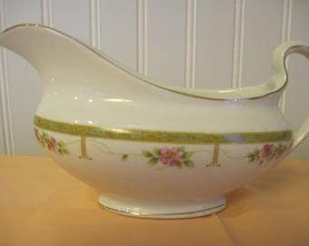 Johnson Bros. England Gravy Boat - Item #1546
