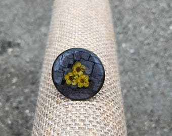 Yellow mini florals ring