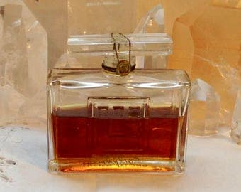 Lucien Lelong, Taglio, 30 ml. or 1 oz. Flacon, Pure Parfum Extrait, 1943, Paris, France ..