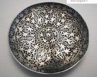 Beautiful Antique (c1890) KASHMIRI Indian Solid Silver NIELLO Pin Dish/Tray. 19th-century