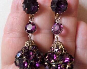 Vintage Purple Glass Stones Dangle Clip on Earrings.