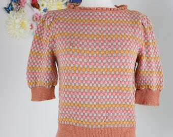 1950s Sweater S/M - Vintage 1950s Check Short Sleeve Pullover - Pink Multicoloured Wool - Mad Men Style Sweater - Ruffle Neckline