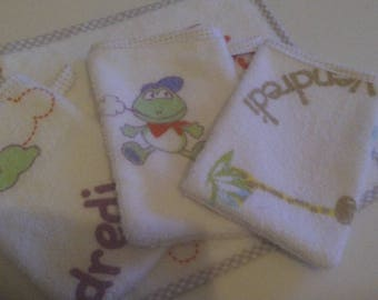 1lot of 3 Washcloths and its square hand towel