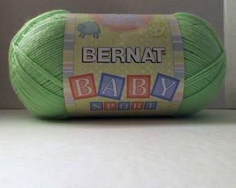 Bernat Baby Sport Yarn ~ Jumbo Ball ~ Sprite #43711 ~ 300 grams/ 10.5 Ounces ~ 984 meters/1077 yards