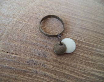 Adjustable ring bronze with white sequin and bronze