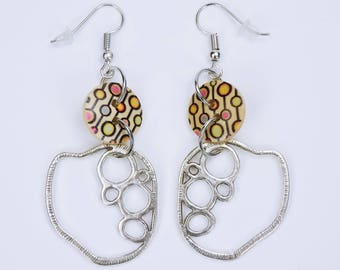 Earrings ornament and buttons with retro pattern in colourful silver-colored earrings-wooden hang earrings circles ornament