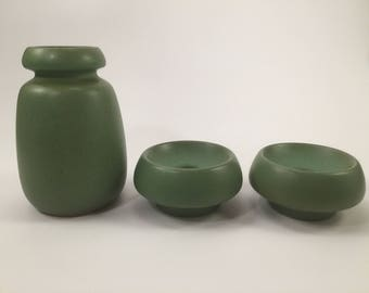 Vintage green ceramic vase and candle holders from VEB Haldensleben 1960 in GDR (East Germany) model 2801 E
